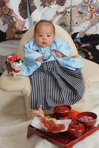 お宮参り・お食い初め・ベビー袴・水色×縞×クマさん