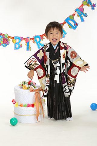 3歳・お誕生日・羽織袴・カラフル市松模様