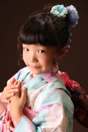 七五三・7歳・水色×ピンク・着物・バラ柄