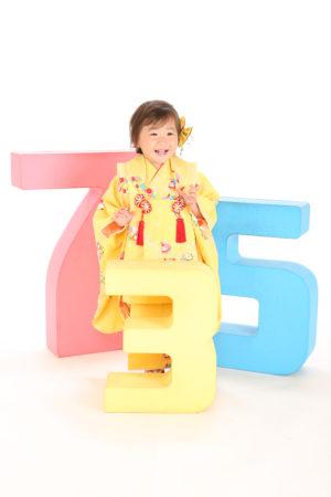 七五三・3歳・黄色×和柄・着物×被布