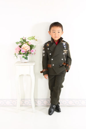 七五三・五歳・タキシード・カーキ色