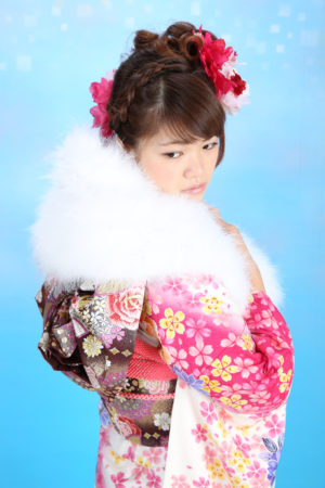 成人式・振袖・20歳・ピンク×白・小花柄