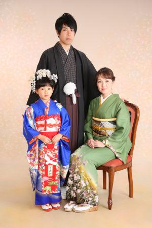 家族写真・七五三・家族で着物・ママもパパも着物