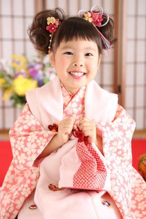 七五三・3歳・ピンク×白・桜柄