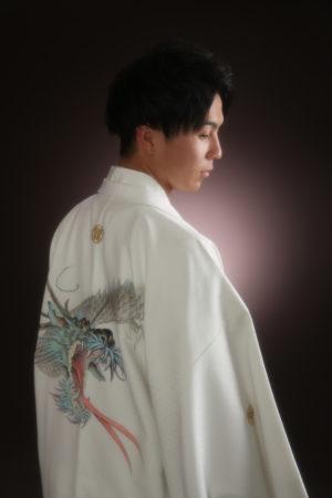 江戸川区・29年成人式・男性羽織袴・20歳・白×龍