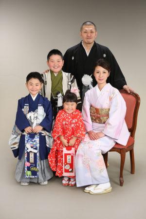 江戸川区・29年七五三・3歳・5歳・家族写真・家族全員着物で撮影