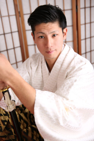 成人式・男性袴・白×金黒