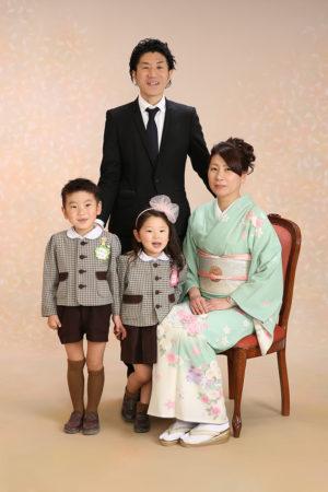 江戸川区 30年卒業記念 家族写真