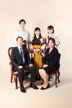 本八幡 家族写真 卒業袴 男性袴 成人式 記念写真