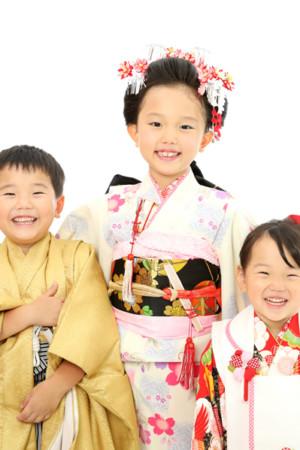 本八幡 市川市 七五三 姉弟妹 7歳 5歳 3歳 前撮り
