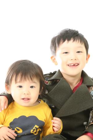 本八幡 市川市 七五三 5歳 前撮り タキシード 兄弟 家族写真 記念写真
