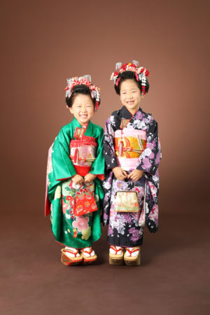 本八幡 市川市 七五三 七歳 前撮り 姉妹 日本髪 家族写真 記念写真