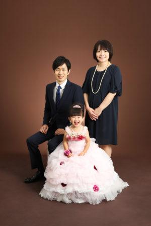 本八幡 市川市 七五三 3歳 家族写真 記念写真 前撮り ドレス