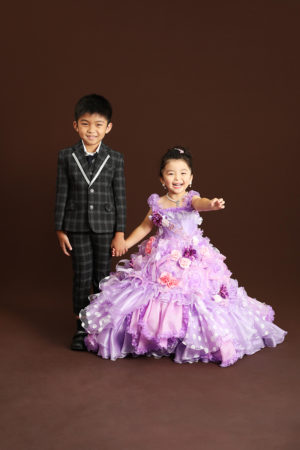 本八幡 市川市 七五三 5歳 3歳 兄妹 前撮り 家族写真 ドレス タキシード