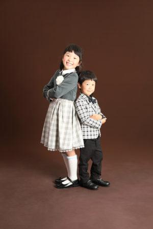 本八幡 市川市 七五三 5歳 姉弟写真 洋装 タキシード 家族写真 記念写真