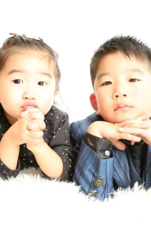 本八幡 市川市 七五三 5歳 前撮り 兄妹写真 家族写真 タキシード
