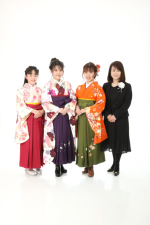 本八幡 市川市 卒業式 卒業袴 前撮り 家族写真 記念写真 姉妹